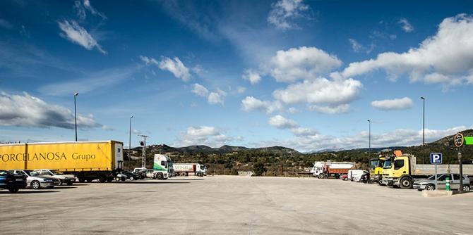 parking-camiones-03
